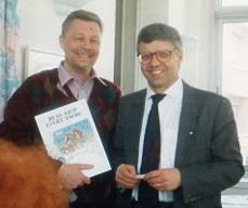 "Göteborgsjournalisten Bo Nordström intervjuade undertecknad i radioinslaget från ""Taubes hotell"" i Antibes i Frankrike."